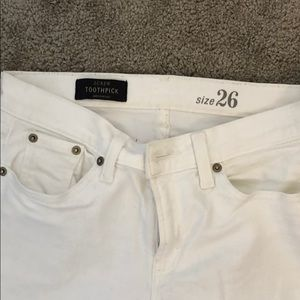 JCREW TOOTHPICK WHITE JEANS • Size 26!